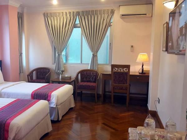 Grand Laurel Hotel - Exempel på rum