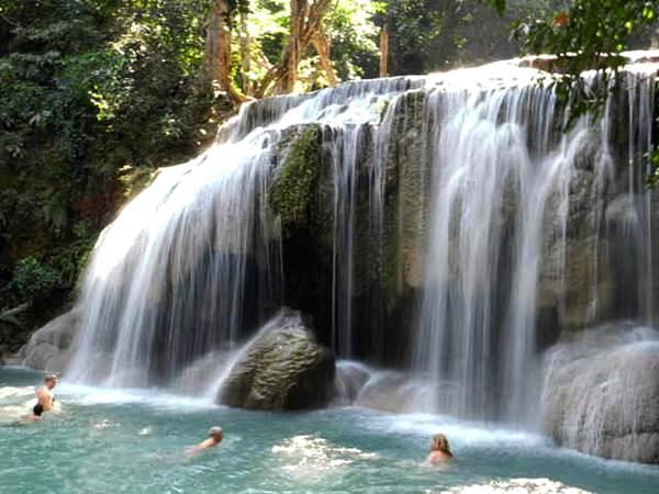 Ett av vattenfallen i Erawan