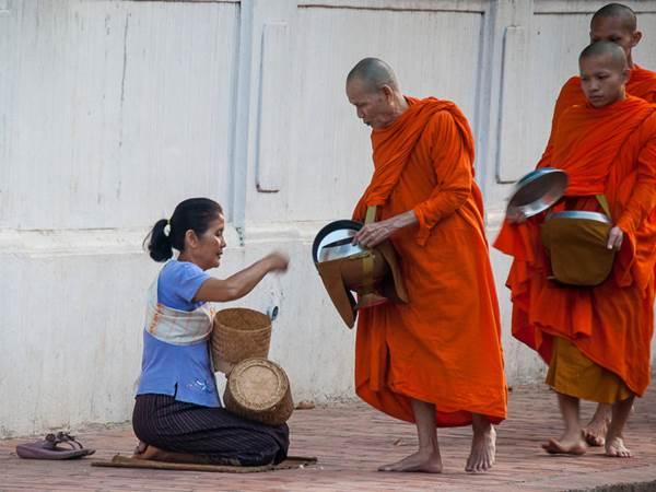 Munkar i Luang Prabang