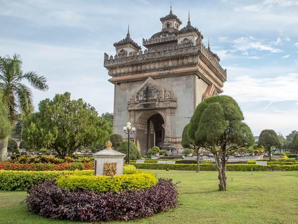 Patuxai i Vientiane