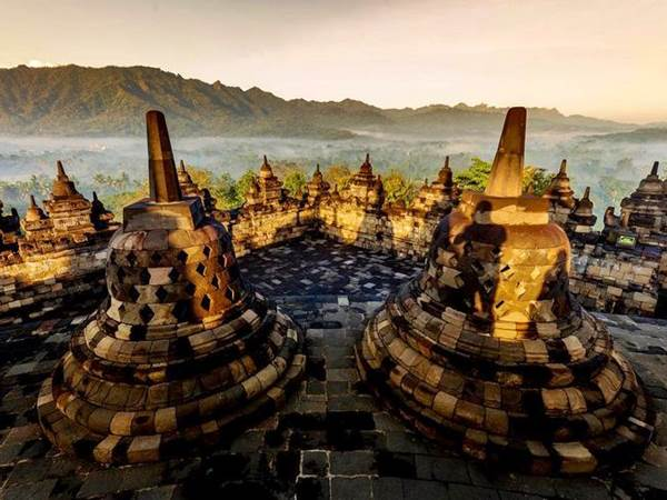 Solnedgang Över Borobudur
