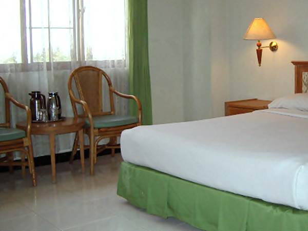 Surya Asia Hotel - Exempel på rum