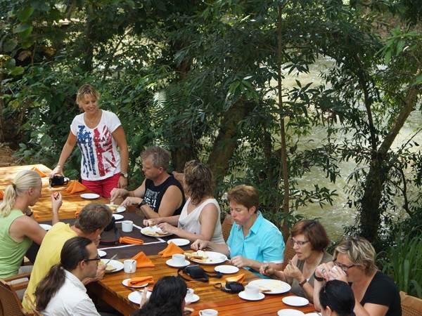Athgira River Camp - frukost