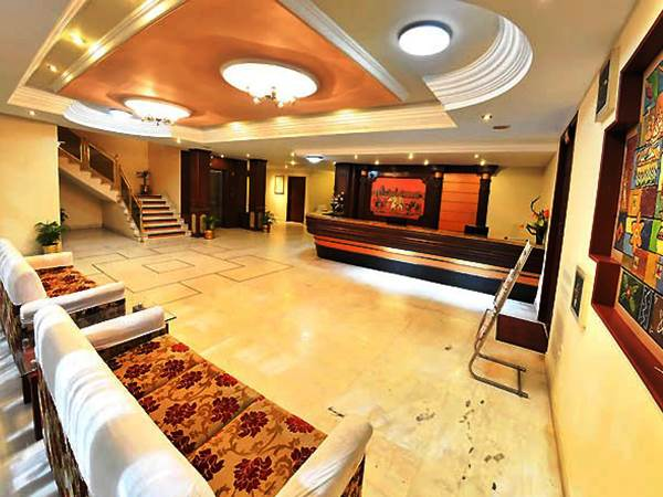 Hotel Gnanam i Thanjavur
