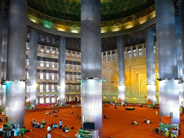 Istiqlal-moskén i Jakarta