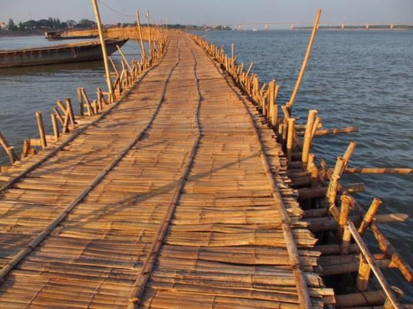 Bambubron till Koh Paen