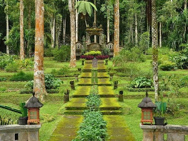 Botaniska trädgården i Bedugul