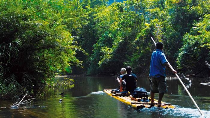 Bambuflotte  - Äventyrsresa på floden