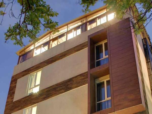 Justa MG Road Hotel, Bangalore
