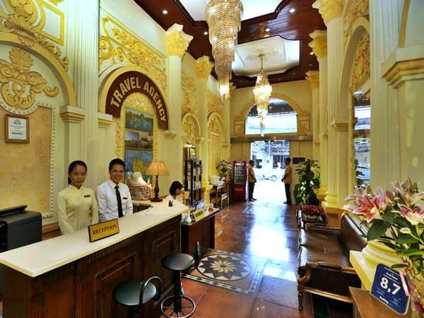 Posh Hotel i Hanoi