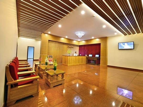 Thanh Lich Hotel i Hué