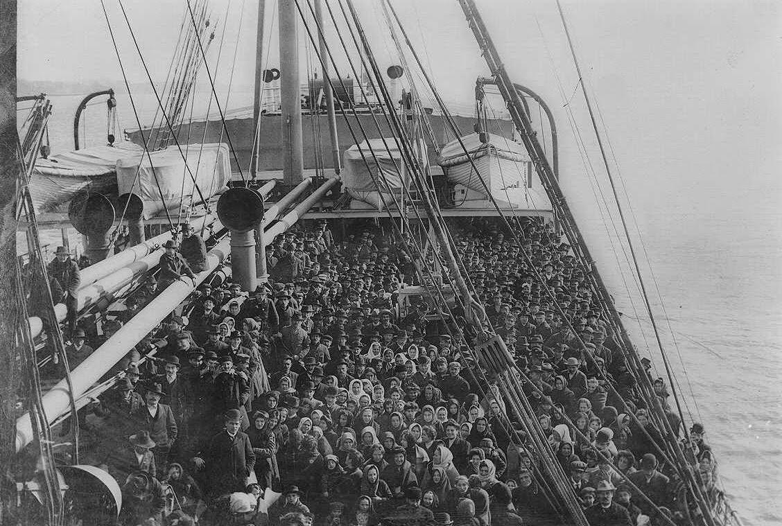 En Amerikabåt innan avresa. Oklart vart fotot är taget, möjligen Göteborg eller Liverpool.