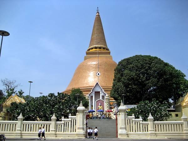 Phra Pathom Chedi Nakorn Phatom