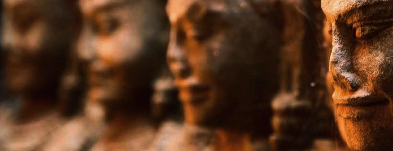 Kambodja runt: Historia, Tempel & Hav [TAC+]